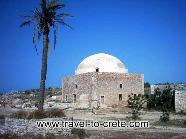 The Fortezza fortress of Rethymnon was built from 1573 till 1580 by the Venetians, for the protection of the inhabitants by the Turkish threat. It is starshaped
